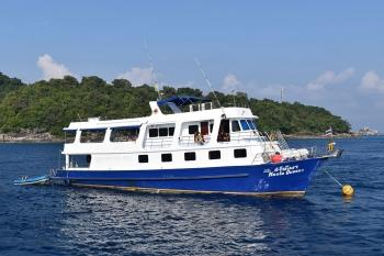 Manta Queen 1 Similan Islands liveaboard diving boat