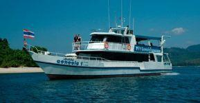 MY-Genesis-liveaboard-boat-Similans