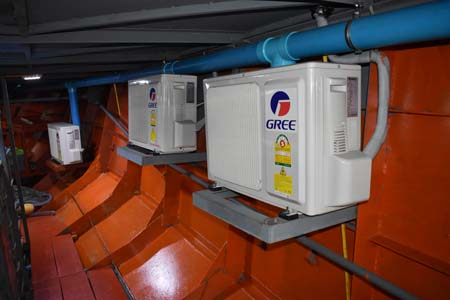 Nemo-1-scuba-diving-Similan-liveaboard-air-conditioning-units.jpg