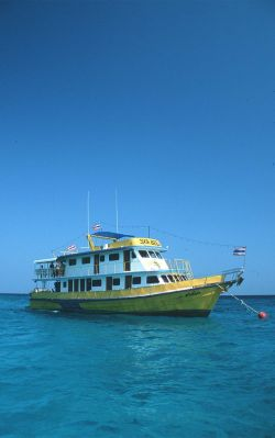 MV-Marco-Polo-Liveaboard-similans