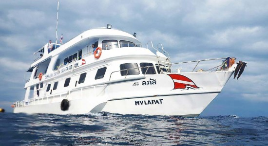 mv-lapat-liveaboard-scuba-diving-similan-islands