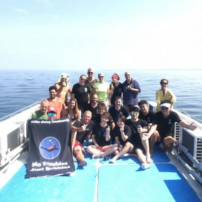 divers Similan Islands live aboard trip